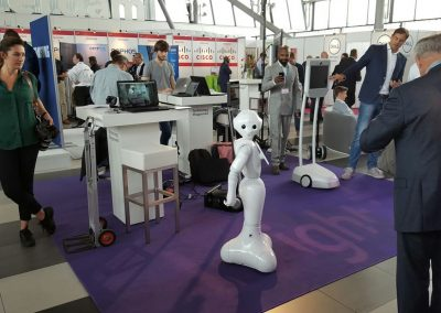robotexperience-on-client-event