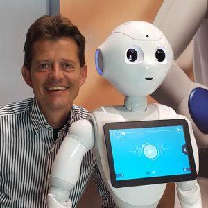 Tom-Ederveen-speaker-robots-in-healthcare