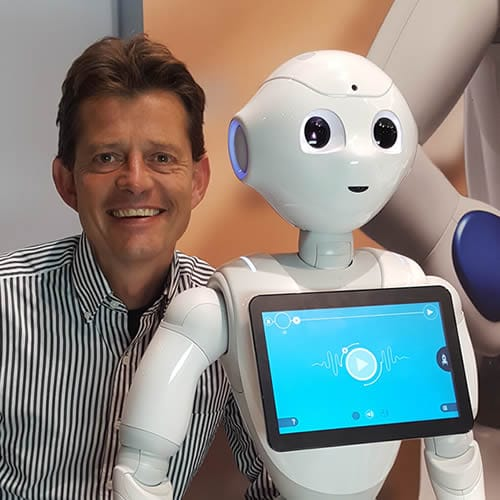 Tom-Ederveen-speaker-robots-in-healthcare