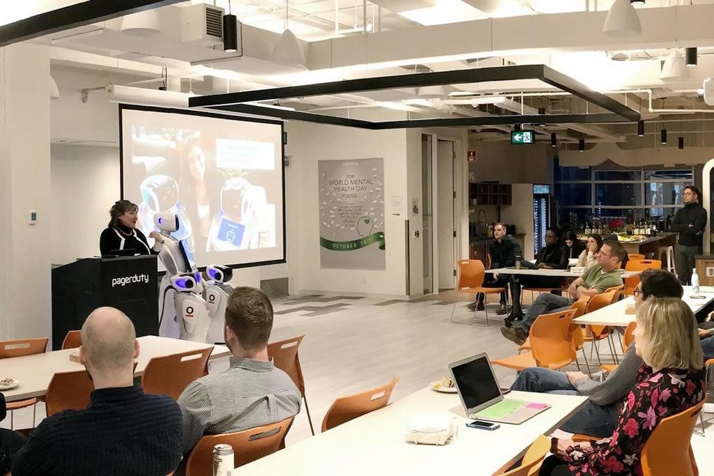 Speaker-Anita-van-de-Hoek-about-Robots-and-Ethics