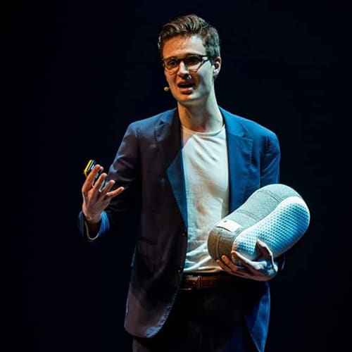 Julian Jagtenberg, speaker on preventive care with robotics and AI